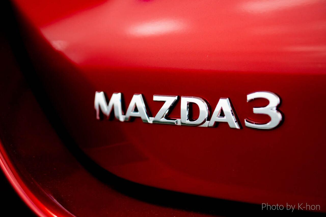 Mazda3 Sedan のpc スマートフォン用壁紙が公開中 K Blog Next